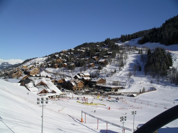 photo_meribel_neige_ciel_bleu.JPG